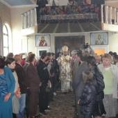Sfintirea Altarului si a Bisericii din Slatina - img 7
