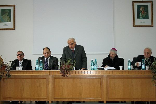 Pr. Valeriu Median, doctor în istorie