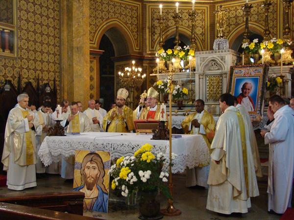 Sfanta Liturghie în memoria Fericitului Ioan Paul al II-lea