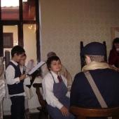 Vizita postasului la cizmarul Vasile