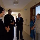 In vizita la caminul de batrani Sf. Iosif a fiicelor Sfintei Maria a Divinei Providente