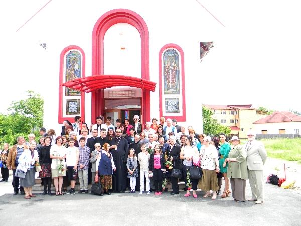 La iesirea din biserica