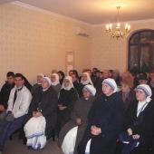 Călugării și călugărițele din București în Sărbătoarea Intrării în Templu a Maicii Domnului