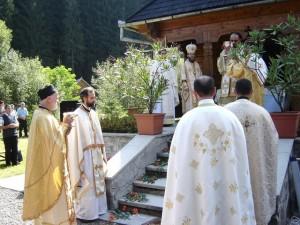 Sărbătoarea Schimbării la Faţă, la Schitul Sfânta Cruce din Stânceni
