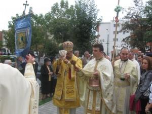 """Sfințirea Bisericii """"Petru și Pavel"""" din Brașov"""